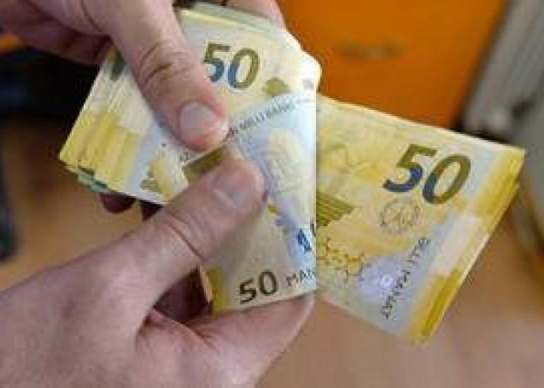 Dövlət büdcəsindən maliyyələşən bir sıra təşkilatlarda çalışanların maaşı 40 faiz artırıldı