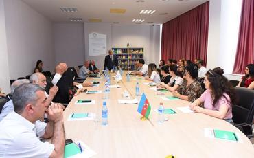 """""""Azərbaycan türkologiyasının bayraqdarı - Fərhad Zeynalov"""" mövzusunda seminar"""