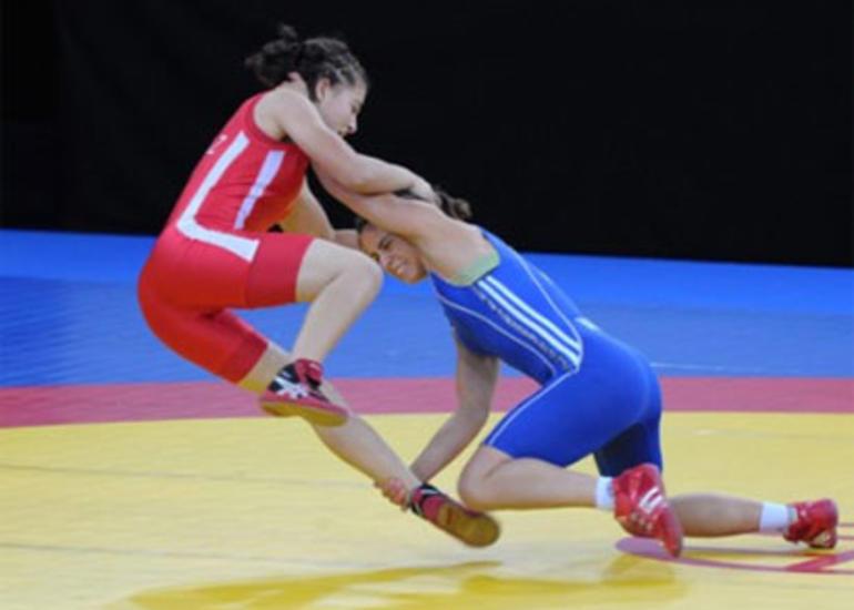 Daha iki qadın güləşçimiz II Avropa Oyunlarının yarımfinalına vəsiqə qazandı