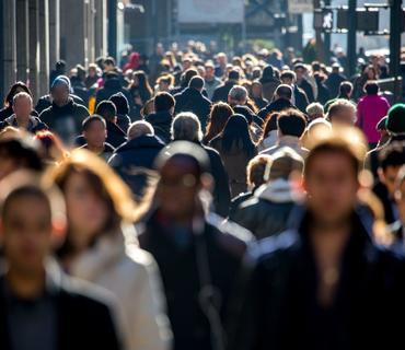 Pandemiya səbəbindən dünyada gənclərin 20%-i işsiz qalıb
