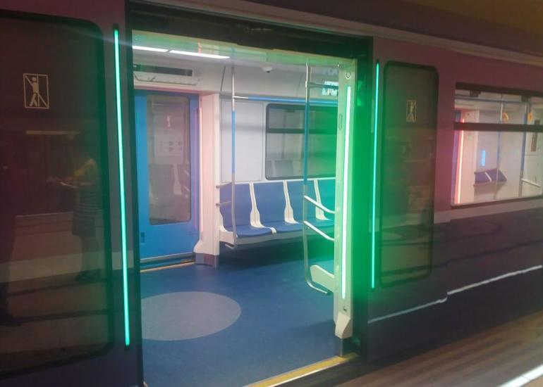 Bakı metrosuna yeni gətirilən qatarlar budur