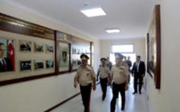 Müdafiə naziri HDQ-nin yeni inşa edilmiş infrastruktur obyektinin açılışında iştirak edib