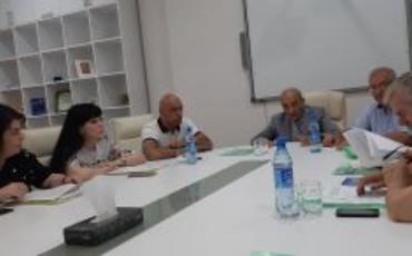 Dilçilik İnstitutunda Azərbaycan dili müzakirələri