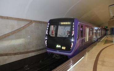 Bakı metrosunda daha iki qatar xəttə buraxılıb