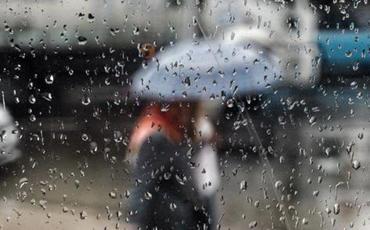 Yağış yağıb, güclü külək əsib