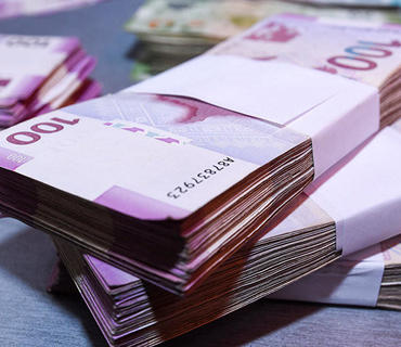 Azərbaycanda banklardan kənarda olan nağd pulun həcmi tarixi maksimuma çatıb