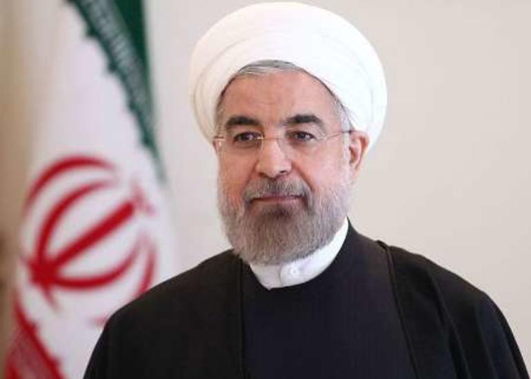 İran Prezidenti Bakıya gəlir