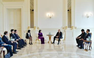 Prezident İlham Əliyev Vyetnamın vitse-prezidentinin başçılıq etdiyi nümayəndə heyətini qəbul edib