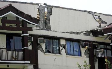 Filippində zəlzələ nəticəsində prezidentin evində çatlar yarandı