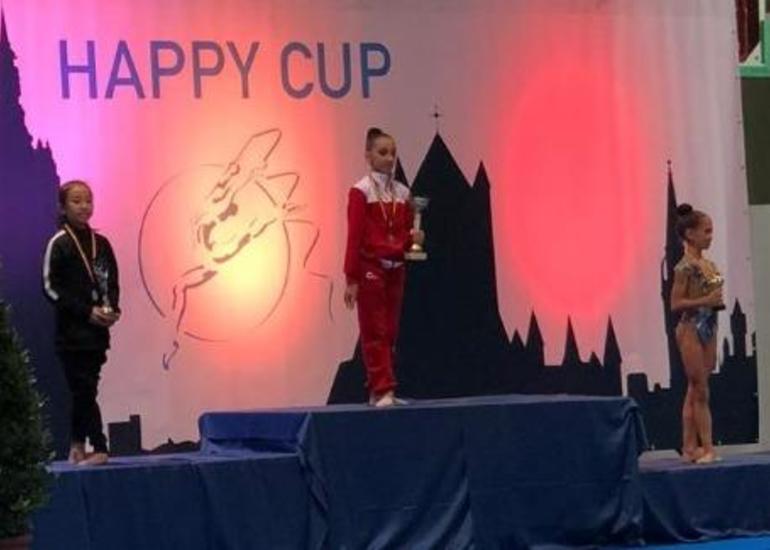 Bədii gimnastlarımız Belçikadan qızıl medallarla qayıdıb