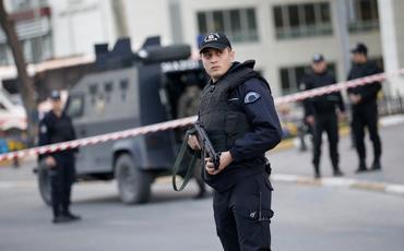 Türkiyənin ticarət mərkəzində iri terror aktının qarşısı alınıb