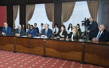 Naxçıvanda Ümumdünya Mətbuat Şuraları Assosiasiyasının xətti ilə beynəlxalq konfrans keçirilib