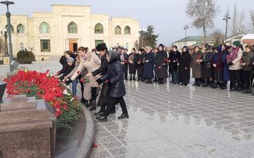 """Ulu öndərin xatirəsi """"Azərxalça""""nın filiallarında ehtiramla yad edilib"""