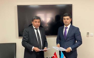 Azərbaycan və Türkiyə Dəmir Yolları arasında yeni razılaşma imzalanıb