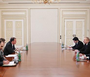 Prezident İlham Əliyev ABŞ Dövlət katibinin enerji diplomatiyası üzrə müavininin müşavirini qəbul edib