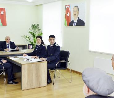Baş prokuror Şirvan şəhərində vətəndaşları qəbul edib