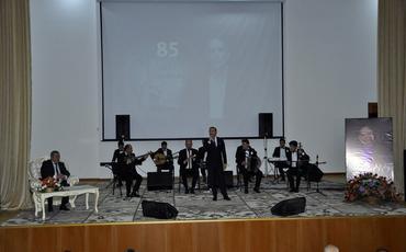 Xalq artisti Qədir Rüstəmovun 85 illik yubileyi qeyd olunub