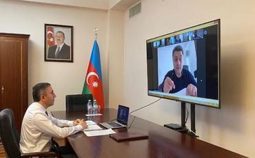 Milli Məclisin İqtisadi siyasət, sənaye və sahibkarlıq komitəsi onlayn iclas keçirib
