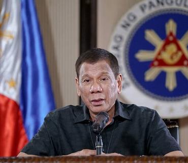 Filippin Prezidenti polislərə karantin rejimini pozanları güllələmək tapşırığı verib