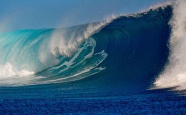 Neft Daşlarında dalğanın hündürlüyü 2.6 metrə çatıb - FAKTİKİ HAVA
