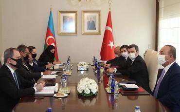 Nazir Ceyhun Bayramov Mövlud Çavuşoğlu ilə görüşüb
