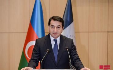 """Hikmət Hacıyev: """"Azərbaycanla qarşıdurmadan qorxan bir çox erməni Ermənistanı tərk edir"""""""