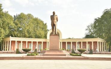 Gəncə, Samux və Ucarda inşa edilən və yenidən qurulan təhsil müəssisələrinin açılışı olub