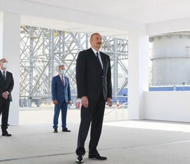 """Azərbaycan Prezidenti: """"Bu gün ölkə iqtisadiyyatının əsas hissəsi neft-qaz sektoru ilə bağlıdır və uzun illər belə olacaq"""""""