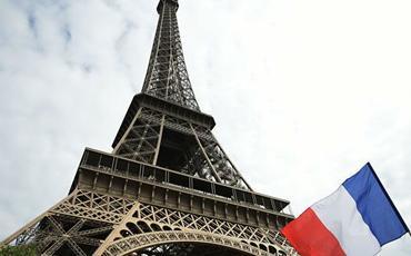 Fransada epidemioloji vəziyyətlə əlaqədar oktyabrın 23-dən komendant saatı tətbiq edilib