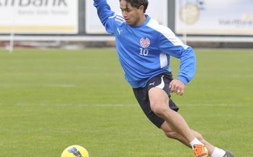 Azərbaycanda oynamış futbolçu 39 yaşında meydana çıxdı