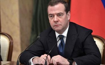"""Medvedev: """"Dağlıq Qarabağ problemini silah yolu ilə həll etmək olmaz"""""""