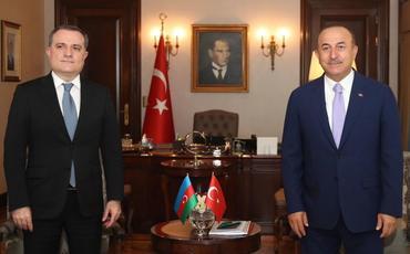 Çavuşoğlu və Ceyhun Bayramov arasında telefon danışığı olub