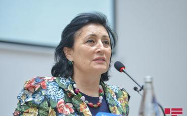 """Deputat: """"Nəsimi rayonunda yeni tikilən binalarda əlini uzatsan, o biri eyvana çatır"""""""