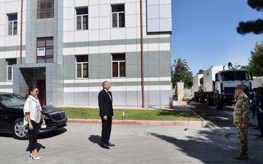 Prezident İlham Əliyev və Mehriban Əliyeva yaralı hərbçilərlə görüşüblər