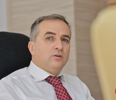 Fərid Şəfiyev Makronun son bəyanatını və Qərb mediasının qərəzli mövqeyini şərh edib