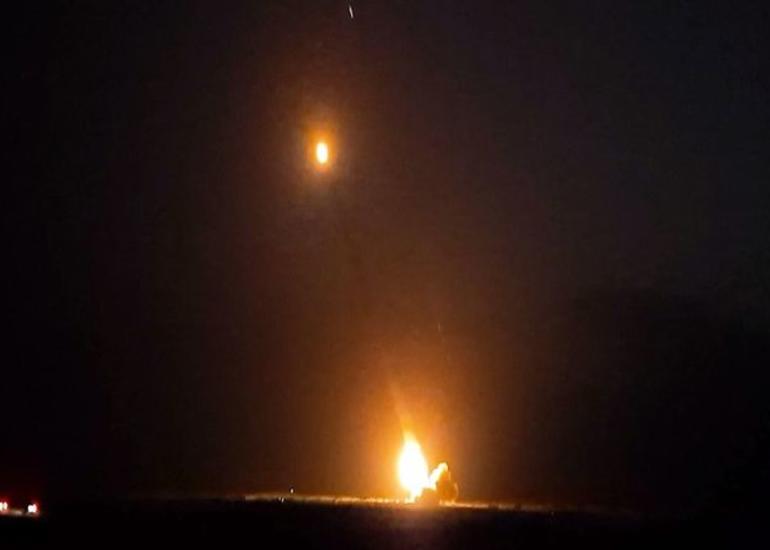 Düşmənə gecə ərzində artilleriya zərbələri endirilib