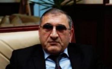 Tahir Rzayev: Makron birbaşa işğalçını müdafiə edir