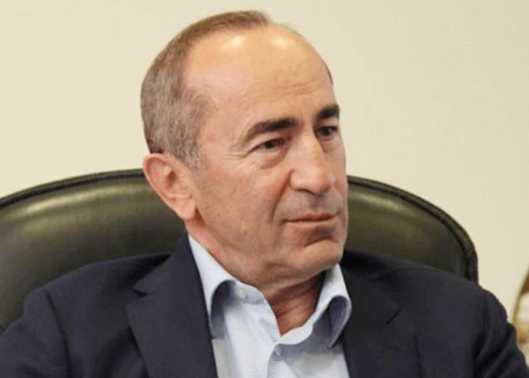 Robert Koçaryan Ermənistana böyük silah partiyasının gətirilməsini təşkil edib