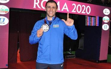 Azərbaycanlı Avropa çempionu qızıl medalını Ordumuz üçün hərraca çıxarır