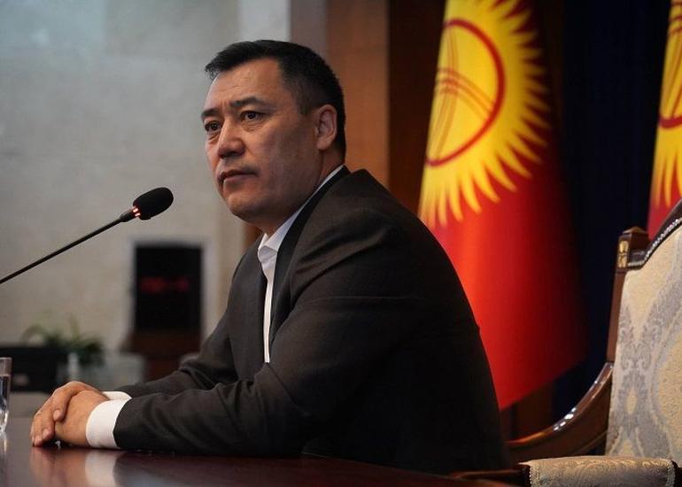 Qırğızıstanda prezidentin səlahiyyətləri baş nazirə verilib