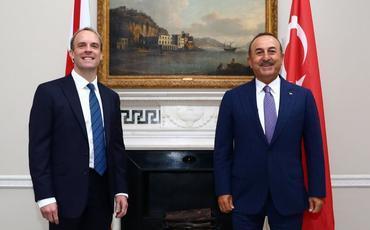Türkiyə və Britaniya XİN başçıları Dağlıq Qarabağ münaqişəsini müzakirə ediblər