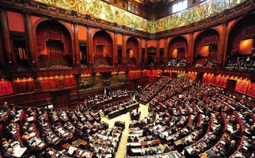 İtaliya senatorları Ermənistan parlamentinin üzvlərini çətin vəziyyətə saldı