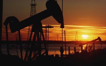 Dünya Bankı gələn il neftin qiymətinin 44 dollar olacağını gözləyir