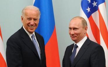 Kreml Putinin Baydeni nə vaxt təbrik edəcəyinə aydınlıq gətirib