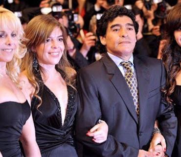 Maradonanın uşaqları miras davasına başlayıb