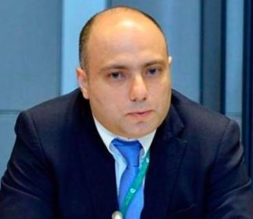 Anar Kərimov beynəlxalq təşkilatları Ermənistanın islam irsinə qarşı vandalizmini sərt pisləməyə çağırıb