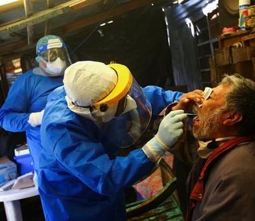 Braziliyada bir gündə 700-dək insan koronavirusdan ölüb