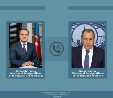 Ceyhun Bayramov və Lavrov 11 yanvar bəyanatını müzakirə ediblə