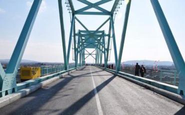 Azərbaycanla İran arasında yeni avtomobil körpüsü tikiləcək