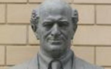 Prezidentin Üzeyir, Natəvan və Bülbülün heykəllərini Şuşaya qaytarması tarixi hadisədir - Büstlərin müəllifləri
